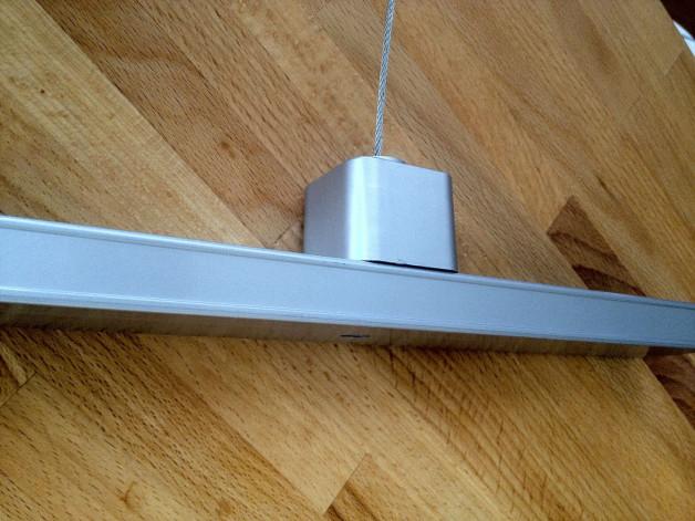 Rail electrique pour porte affiche led